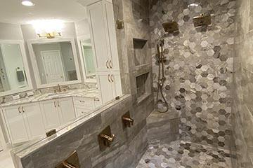 Bathrooms Image 36