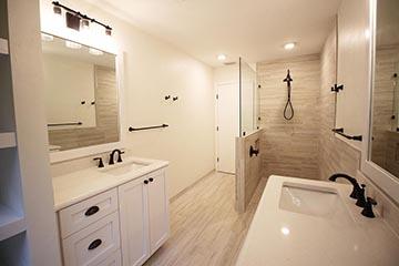 Bathrooms Image 49