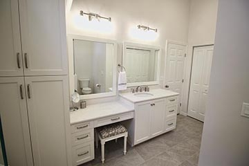 Bathrooms Image 46