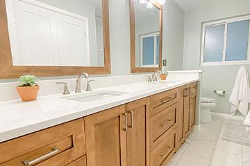 Bathrooms Image 28