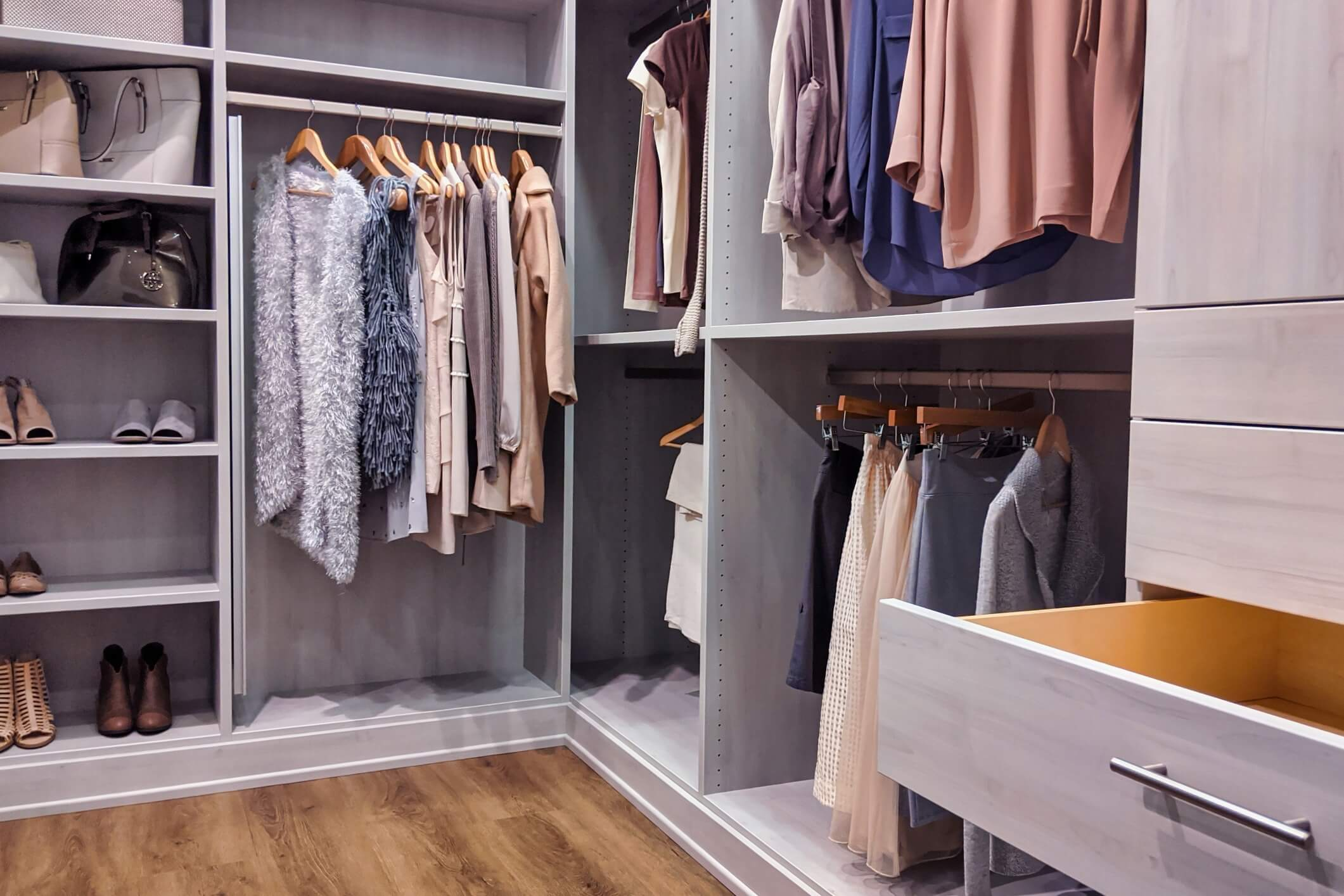 5 Closet Features You Don't Want To Be Without