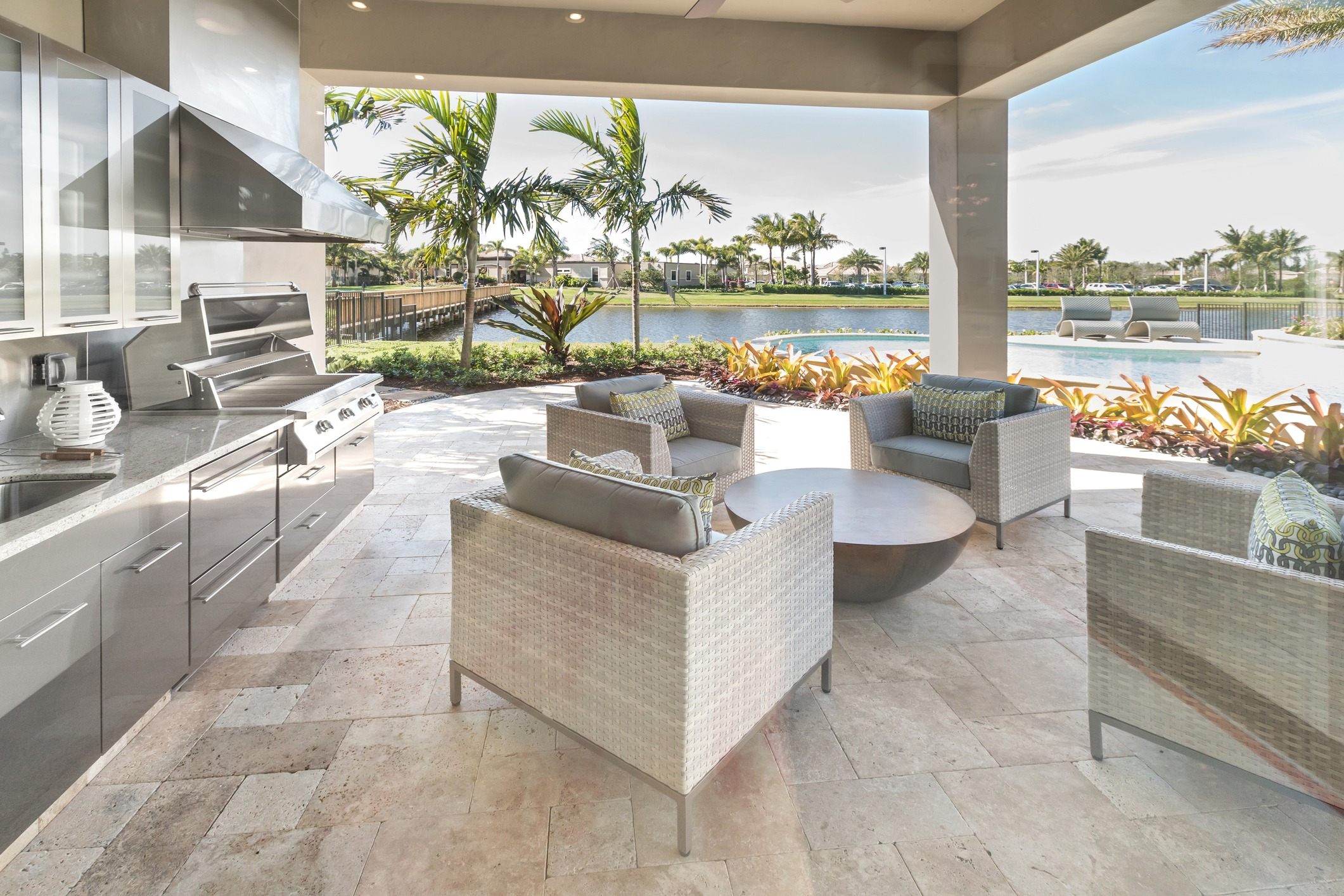 Enjoy The Summer With An Outdoor Kitchen