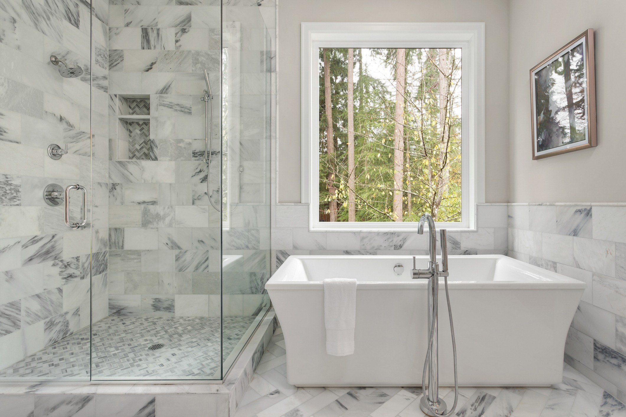 Choosing The Perfect Shower Or Tub For Your Bathroom Remodel