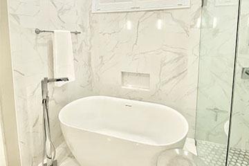 Bathrooms Image 16